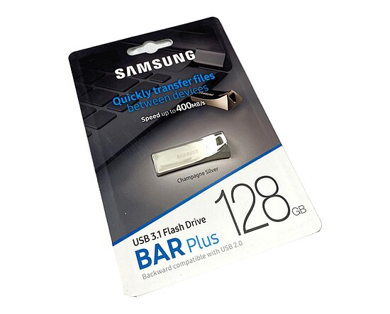 Bild 1 - Samsung 128GB USB 3.1 Stick BAR Plus Titan Gray